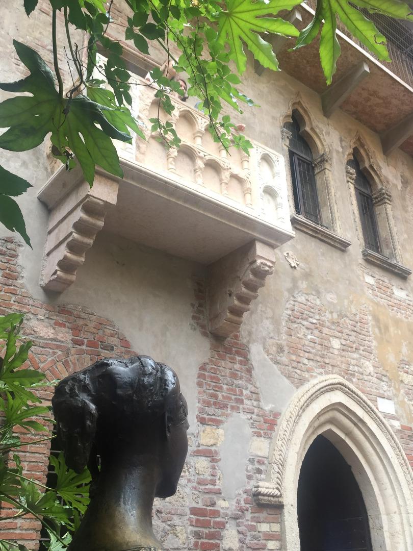 Vor Julias Balkon