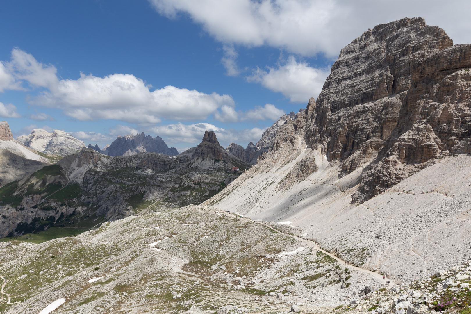 Blick vom Patternsattel zur Dreizinnenhütte